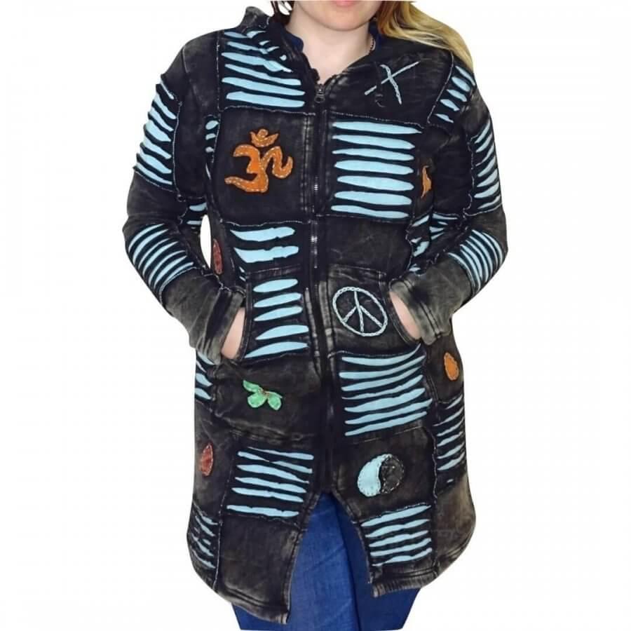 Vastag fekete kabát Nepálból kék OM mintával