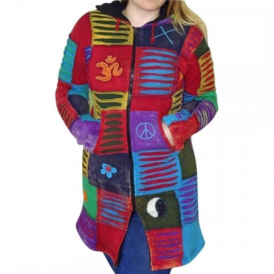Bélelt hosszú kabát Nepálból több színű kockás mintával.