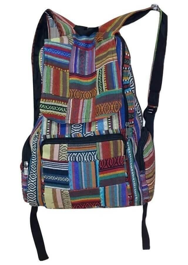 Élénk színes hátizsák Nepálból