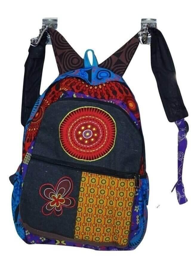 Mandala és virág mintás hátizsák Nepálból