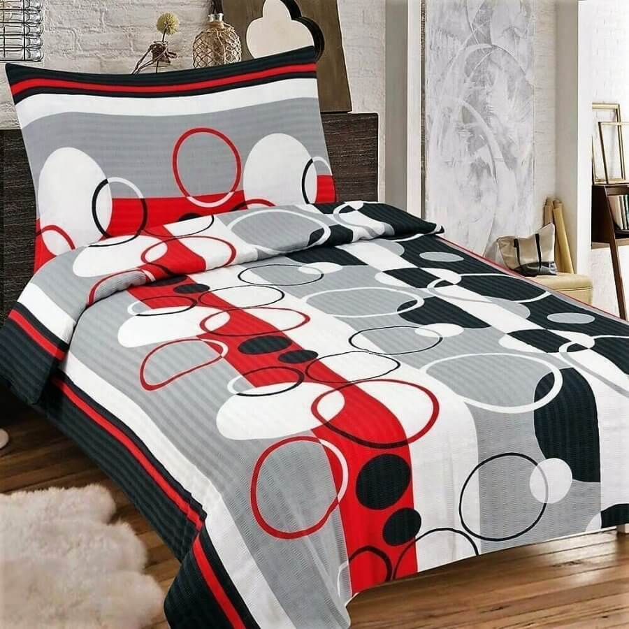 Világos szürke alapon fekete és fehér mintás krepp ágynemű, 3 részes