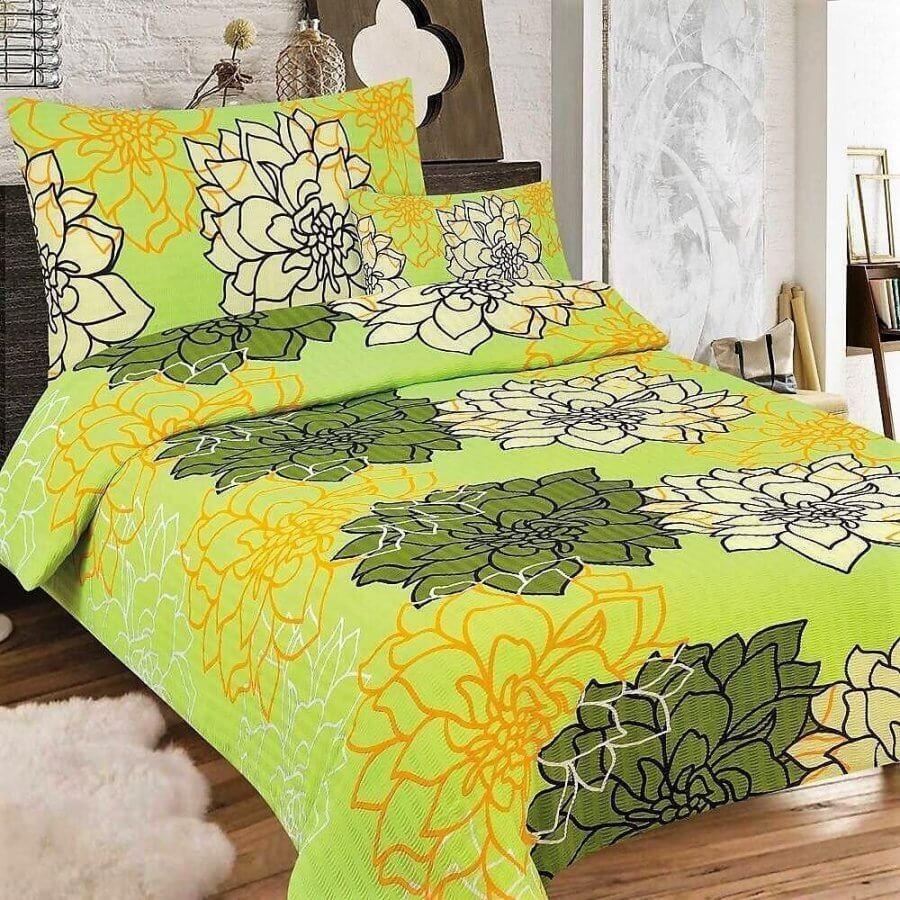 Sárga-zöldes színű alapon virág minta-3 részes krepp ágynemű