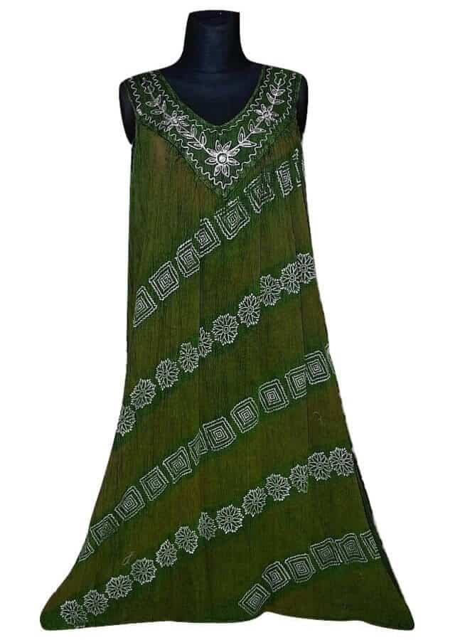 hosszú indiai ruha ferdén csíkos minta