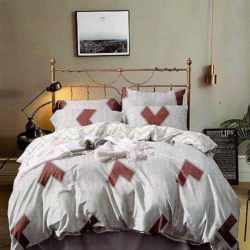 Pamut ágyneműhuzát krém színben barna mintás